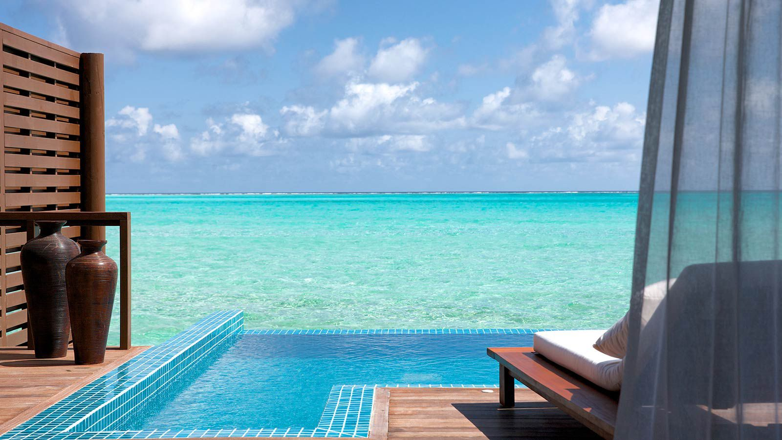 Maldives Resorts - Hideaway Beach Resort & Spa