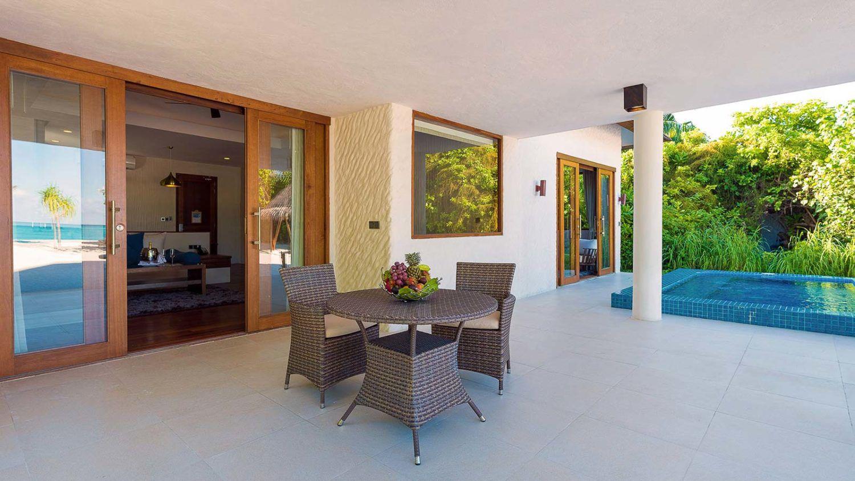 Maldives Resorts - Luxury Villas - Maldives Beach Residence with Pool - Hideaway Beach Resort