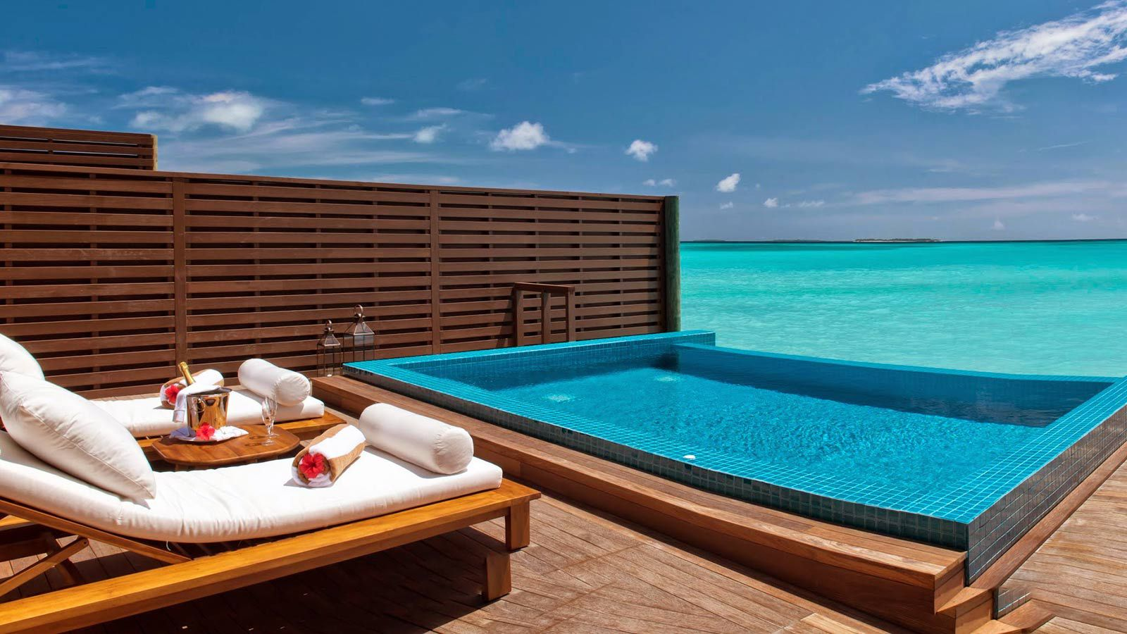 maldives ocean villa luxury ocean pool villa maldives hideaway. Black Bedroom Furniture Sets. Home Design Ideas