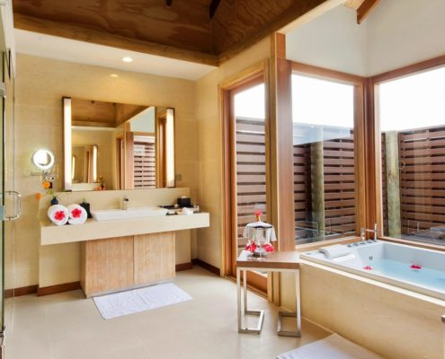 Maldives Resorts - Villas - Ocean Villa Bathroom - Hideaway Beach Resort & Spa
