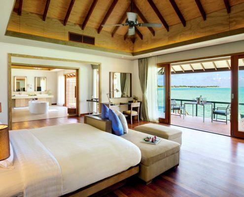 Maldives Luxury Villas - Deluxe Water Villa with Pool - Hideaway Maldives Resort Luxury Villas