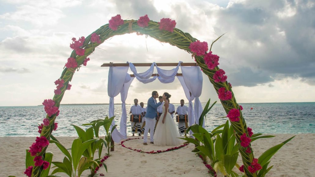 Maldives Wedding In Hideaway Beach Maldives Best Wedding
