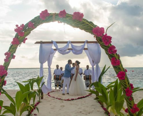 Honeymoon Decoration In Maldives : Weddings at Hideaway Beach Resort & Spa Maldives - Packages