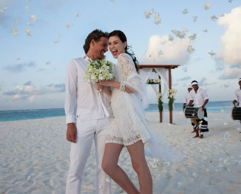 Maldives Resorts - Wedding in Hideaway Beach - Maldives Honeymoon Packages - Maldives Best Wedding Packages