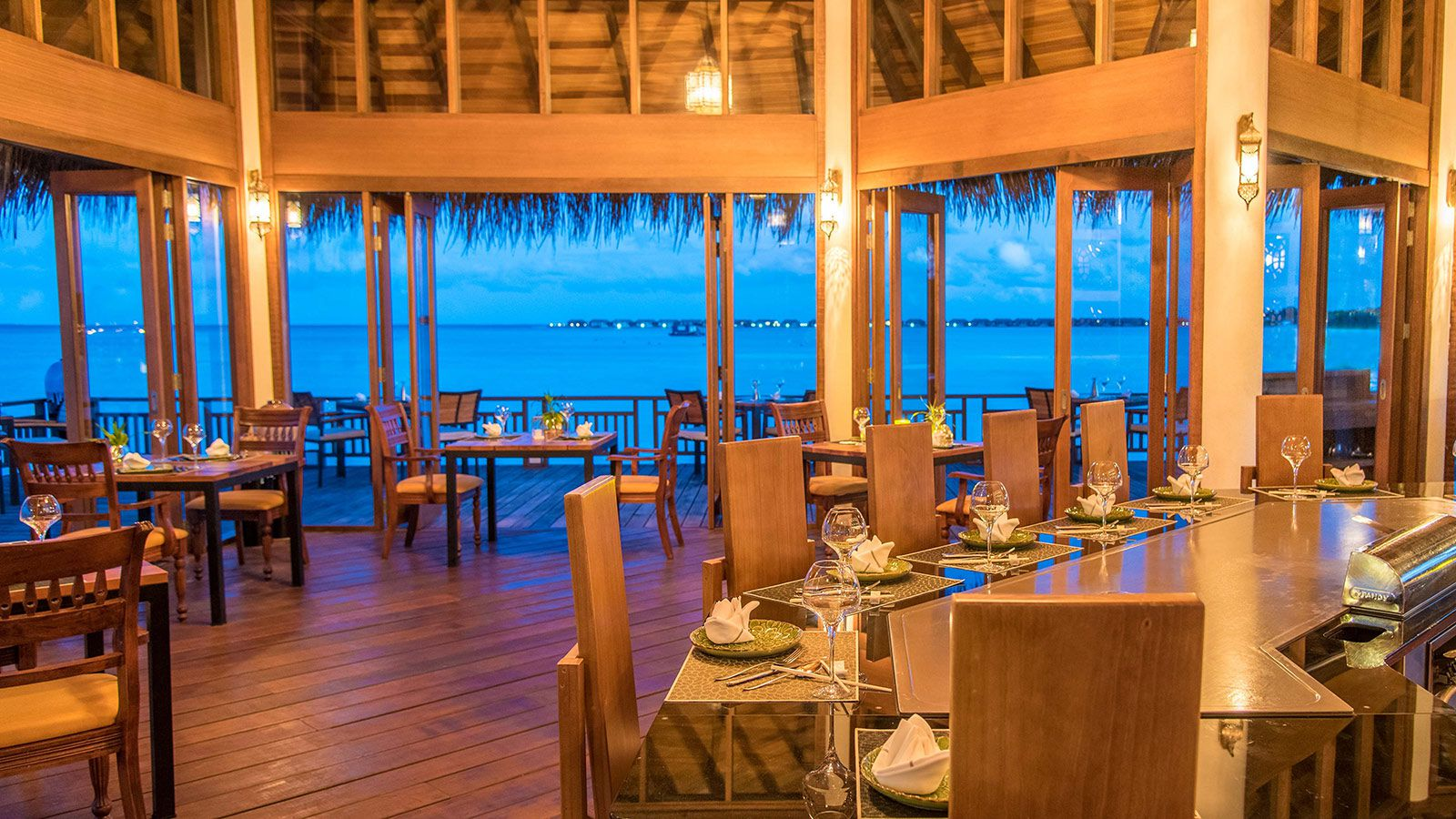 Hideaway Beach Maldives Fine Dining - Hideaway Samsara Teppanyaki Table