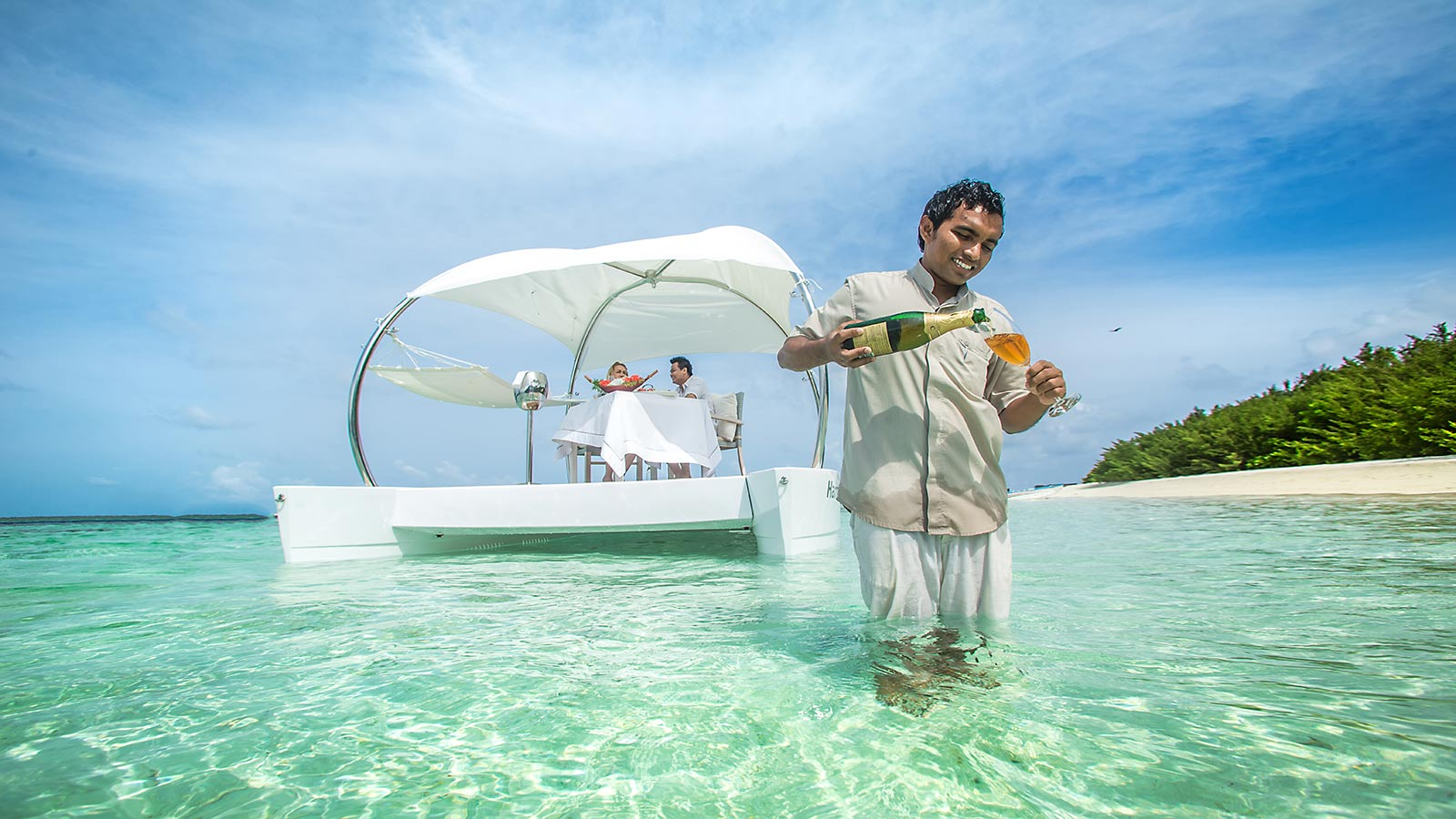 Romantic Couples Excursion Maldives - Luxury Maldives Resort